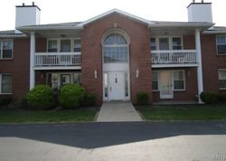 Appletree Ct Apt 4
